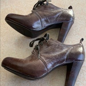 Frye leather shoes. NWOT